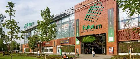 Clifford Chance and Tomsa & Spol Advise on Sale of Futurum Hradec Kralove Shopping Center