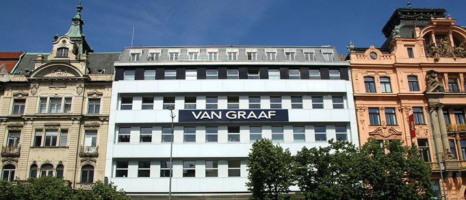 Kinstellar and White & Case Advise BMO REP on Acquisition of Van Graaf Department Store in Prague